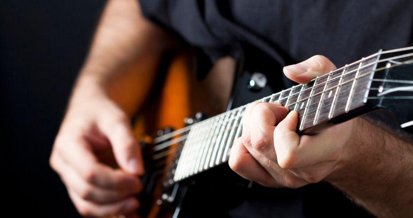Por que não consigo tocar um instrumento?