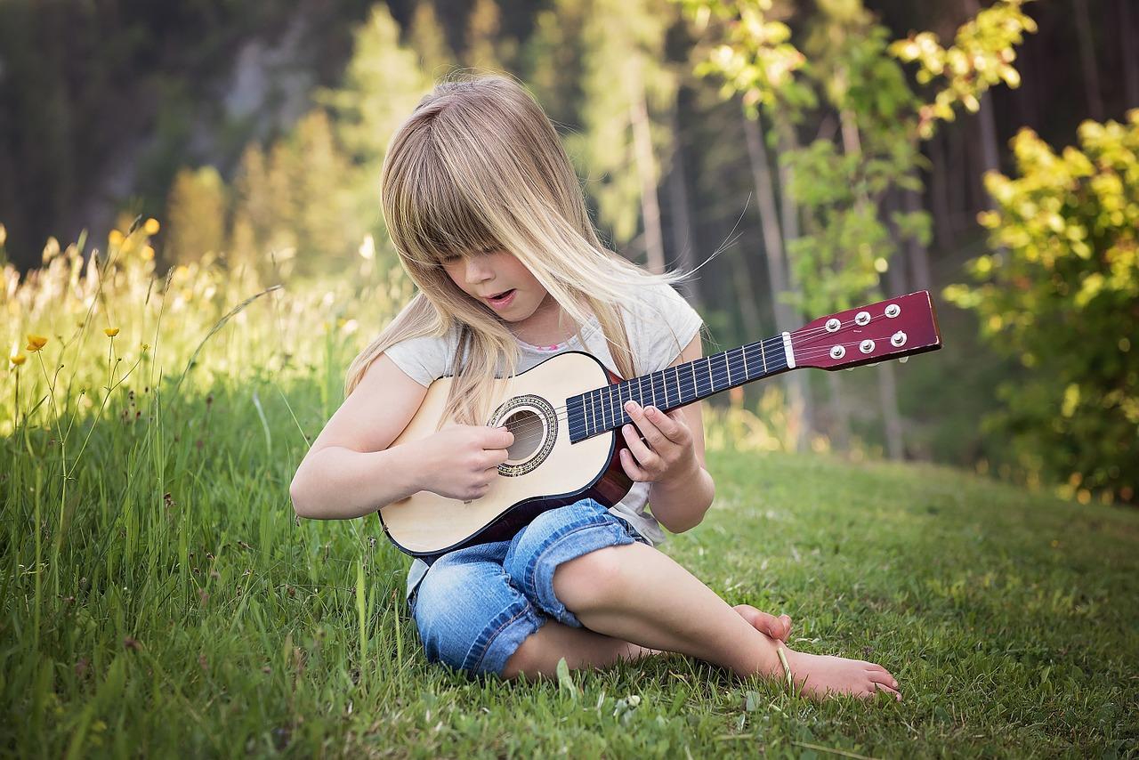 Violão Instrumento musical para crianças