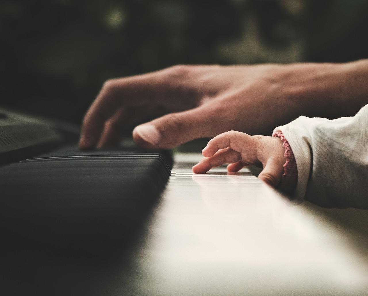 piano 2564908 1280 - Como Tocar Teclado Passo a Passo: O Caminho Que Você Precisa Seguir