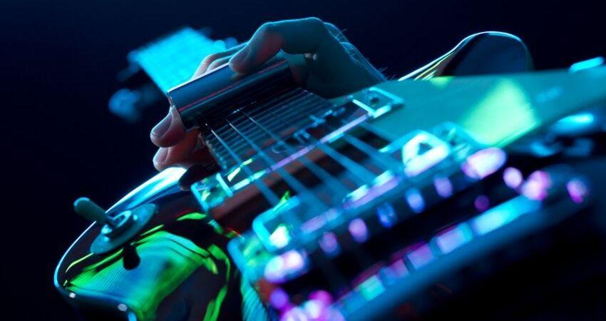 Os benefícios do curso de guitarra online