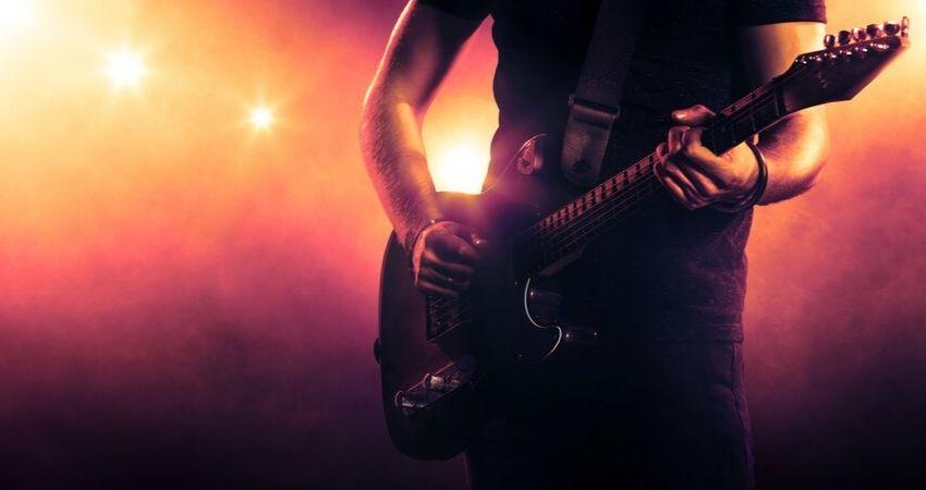 Oportunidade Curso MB Guitar Academy Essencial - MB Guitar Academy Essencial: Curso de Guitarra do Marcelo Barbosa Online