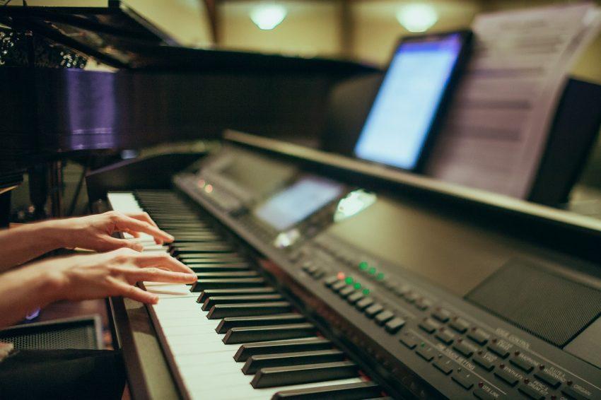 curso de teclado online não é furada e1539119596390 - Curso de Teclado Online Completo do Wiliam Silva