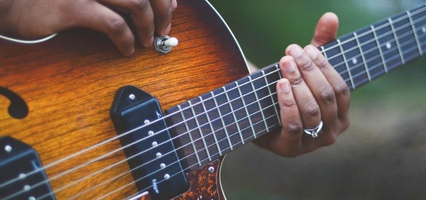 Escalas diatônicas - Escalas Musicais: O Estudo dos Principais Tipos de Escalas na Música