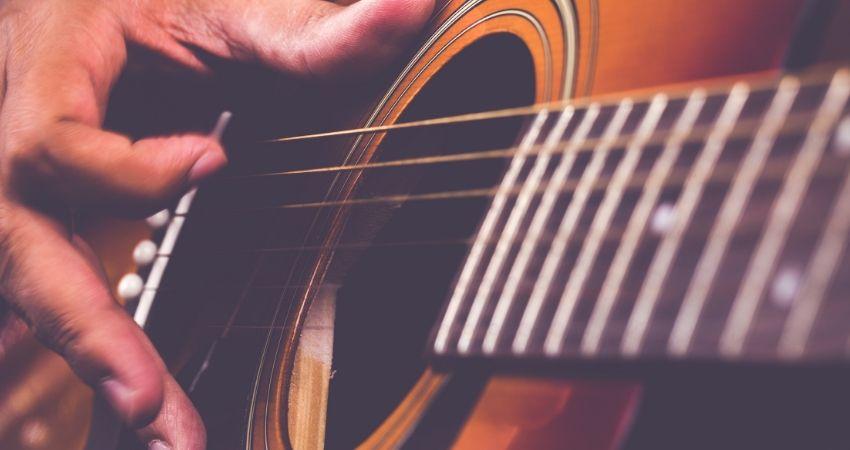 Qual Violão Comprar Para Iniciante Resumo - Qual Violão Comprar Para Iniciante? 7 TOP Dicas Para Começar Bem