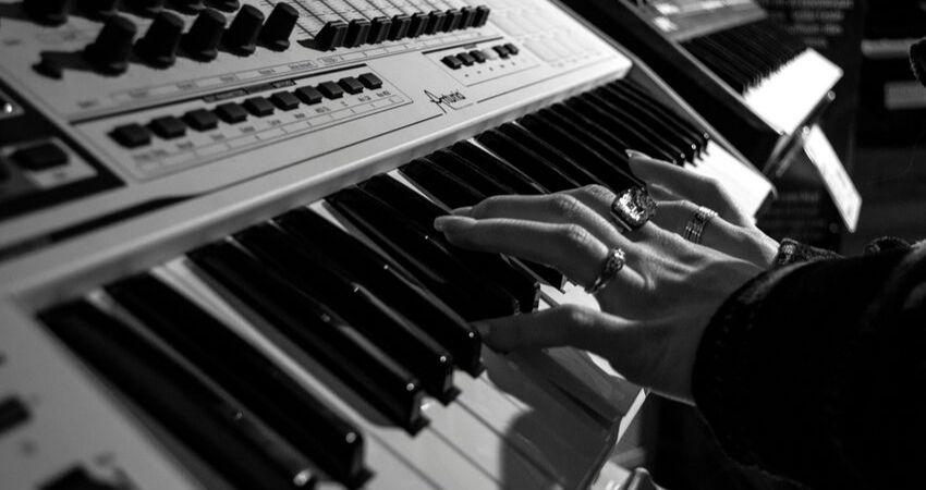 O melhor Curso de Harmonia Online - Curso de Harmonia Online (Harmonização Musical Funcional) Saiba TUDO