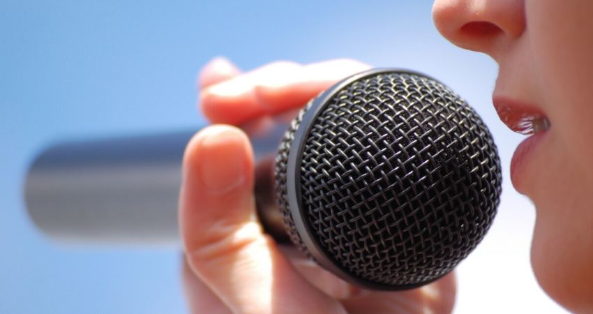 Dicas como aquecer a voz antes de cantar